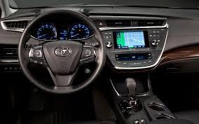 AUTOMOBILE LARGE STATE: 2013 Toyota Avalon