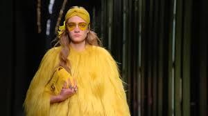 Gucci <b>Women's</b> Fall <b>Winter 2016</b> Fashion Show: Long Version ...