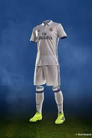 Offizielle website mit informationen über den aktuellen kader von real madrid mit detaillierten angaben zu allen spielern, dem trainer und dem trainerstab. Real Madrid 2016 2017 Home Kit Real Madrid Kit Real Madrid Real Madrid Football