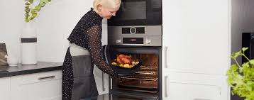 freestanding vs built in ovens which