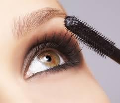 mascara eyelashes. apply mascara like a pro eyelashes