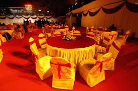 round table seating at gymkhana in