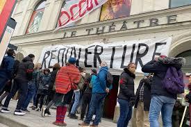 Laval : le Théâtre à son tour occupé par des artistes