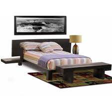 Small Bedroom Bench Modern Small Master Bedroom Decor With Queen Bed Size And Wooden