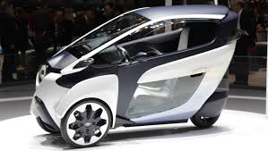 Toyota Carries out Road Tests on the Futuristic i-Road | Auto Types
