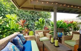 Tropical Style Houzz Tour: Colorful, Casual Hawaiian Vacation Home