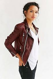 what to wear with a leather jacket white tee