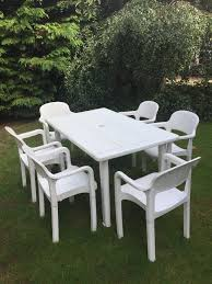 white french allibert garden table and 6 matching chairs