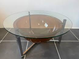 low round glass and plexiglass coffee