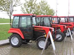 Трактор Беларус Беларус Трактор для уборки тротуаров  Трактор для уборки тротуаров Трактор Беларус 422 и Беларус 622 фото