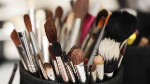 even though you may not do it as often as you should cleaning your makeup brushes is a must not only do clean makeup brushes help apply your makeup more