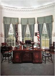 oval office desk best of resolute the white house white house oval office desk5 office