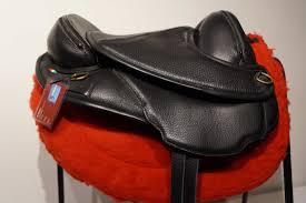 torsion treeless saddle. torsion extra light treeless saddle