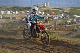 Easy To Follow Tips For Buying A Dirt Bike Helmet From Home