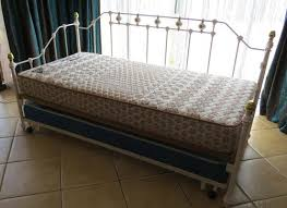 Beds & Cots - STUNNING PORCELIAN WROUGHT IRON DAY BED WITH SLIDE UNDER BED  transform double bed 3 ways to be used was listed for R5,800.00 on 30 Sep  at ...