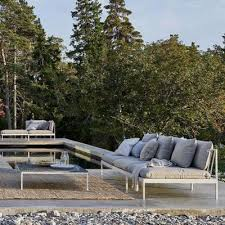 Classic modern outdoor furniture design ideas grace Oasiq How To Take Your Outdoor Space From Winter To Spring Usa Outdoor Furniture Modern Outdoor Furniture Patio Chairs Tables At Lumenscom