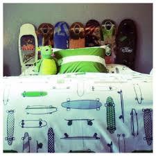 Tate has a new skateboard headboard!