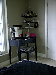 Corner Makeup Vanity Bedroom