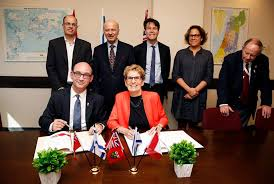 Israel Ministry of Foreign Affairs - Ontario Premier Kathleen Wynne and  members of the Ontario business delegation met with Israeli Chief Scientist Avi  Hasson and Israeli officials to sign new partnership agreements