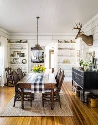 Dining Room: Shabby Chic Dining Room With Farmhouse Style - Farmhouse  Dining Room