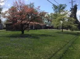 7212 woodhaven rd louisville ky 40291 debbie richardson broker real estate agent louisville ky homes