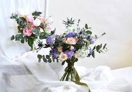 25 florists to get bridal bouquets in