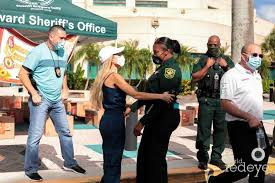 The Experience Auto Group & Broward Sheriff's Office Host Thanksgiving  Turkey Giveaway at Broward Sheriff's Office - World Red Eye | World Red Eye