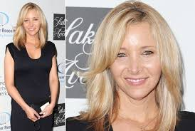Long Hairstyles For Women Over 50 33 Amazing Lisa Kudrow's Choppy Hairstyle Haute Hairstyles For Women Over 24