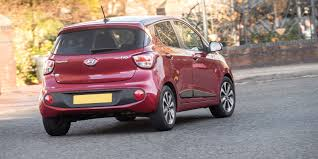 Hyundai i10 Review | carwow