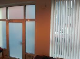 Schimmel Wohnung Nasse Fenstertür Vollverglasung Hohe