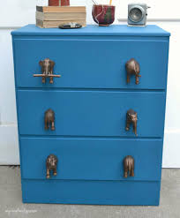 pin this do you have an old dresser you would like to make over these diy knobs