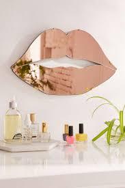 Kiss-Me-Copper Mirrored Lips