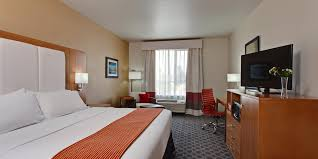 Universal Studios Hollywood Hotels | Holiday Inn Express North ...