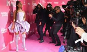 Ariana Grande Thank U Next Singer Breaks Uk Chart Records