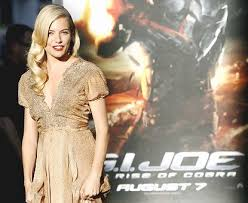 Work any harder than convincing actress sienna miller to return, should they truly want the baroness back. Sienna Miller Got Hot And Bothered During G I Joe Filming By Fire In Her Bra New York Daily News