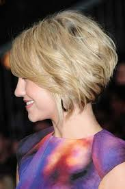 layered bob haircut side view of short angled wavy bob hairstyle