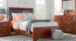 Twin Bedrooms Full Bedrooms
