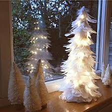 White Christmas Tree & Lights Table Decorations