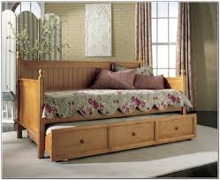 Space Saving For Bedrooms Space Saving Apartment Ideas Clubdeasescom