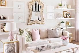 6 Trik Mendekorasi Ruang Keluarga Ala Shabby Chic