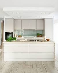 Image Decor Simple But Smart Minimalist Kitchen Design 3 Published May 9 2017 At 700 869 In 26 Simple But Smart Minimalist Kitchen Design Round Decor Simple But Smart Minimalist Kitchen Design 3 Round Decor