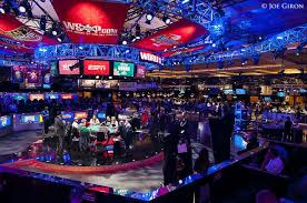 Paying The Top 1 000 Comparing 2014 Wsop Main Event Payouts With