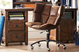 manly office. 5 Manly Must-Haves For Your Home Office 2 E