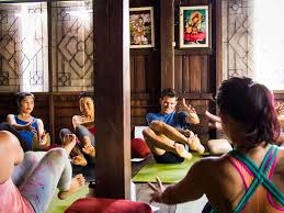 how to your first yoga job 11 tips for new teachers my first yoga teaching job