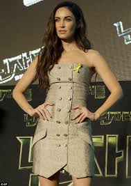 turning up the heat megan fox looked stunning in a strapless minidress at the age