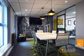 office glass partitioning and office