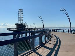 Brant Street Pier (Burlington) - 2021 All You Need to Know BEFORE ...