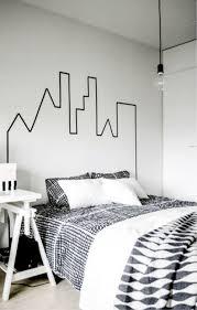 Décoration Tete De Lit Originale à Fabriquer Nantes Peinture Noire Mur Blanc