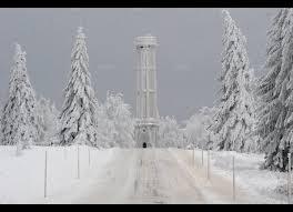 la tour du chs du feu a revêtu son manteau d hiver photo dna