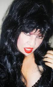 i discovered however that although we have a lot in mon and likely our very birth day might make us similar virgo types there is only one elvira
